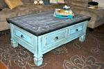 feature it friday: chalkboard coffee table from Junk in the Trunk!